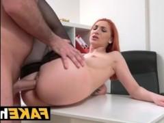 Жесткий порно кастинг красивой татуированной девушки