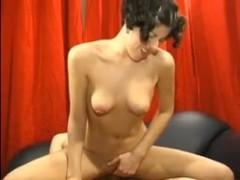 Порно кастинг Марии с классным сексом и окончанием ей на грудь