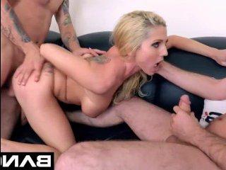 Лучший секс кастинг: видео, где блондинку ебут в два ствола