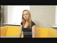 Русский порно кастинг онлайн: блондинка дала кончить на животик