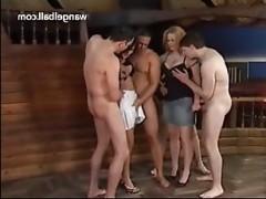 Смотреть групповой порно кастинг с мужчинами и женщинами