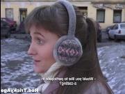 Худенькая русская молодая девушка занимается сексом со зрелым мужчиной